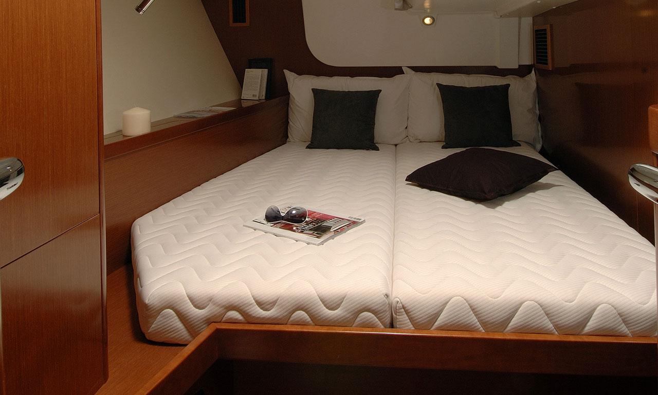 yacht-saloon-04